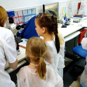 Sanatatea la microscop!